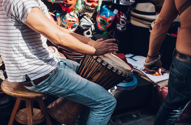 世界的に注目を集めている「スペイン語」の音楽28